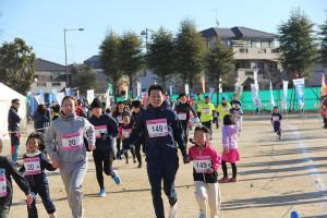 第35回杉戸町新春マラソン大会親子③_s
