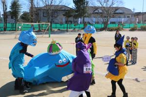 第35回杉戸町新春マラソン大会仮装⑩_s