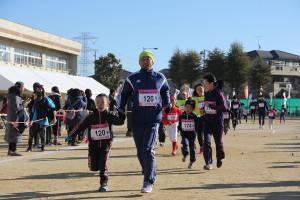 第35回杉戸町新春マラソン大会親子②_s